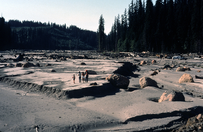 USGS / Lyn Topinka